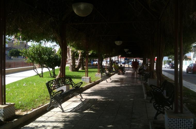 Walk Boulevard center Village Rojales
