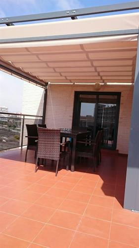 Dinning area balcony, ext table and electrical sunblind