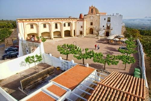 Ermita Vinaros with restaurant (within 10 walking-minutes)