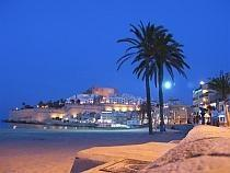Peniscola 15 Km, many tourist activities and nice sandy beach