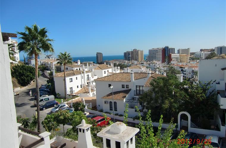 View from the terrace over the sea and Pueblo