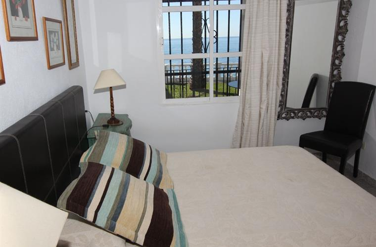 Double bedroon with double bed and sea views.