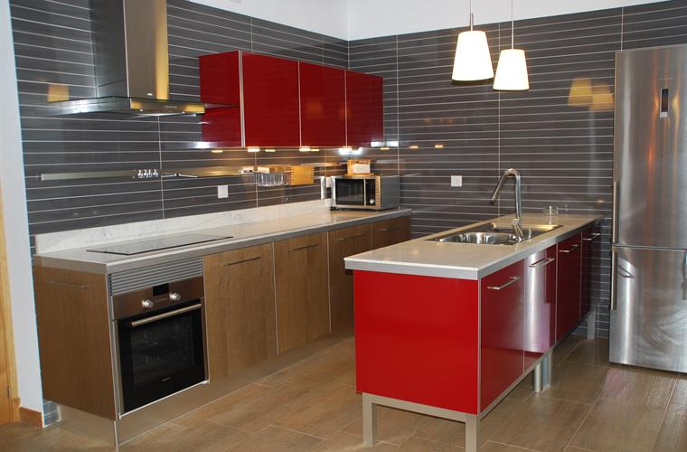 Brand new desing kitchen fully equipped with dishwasher; oven...
