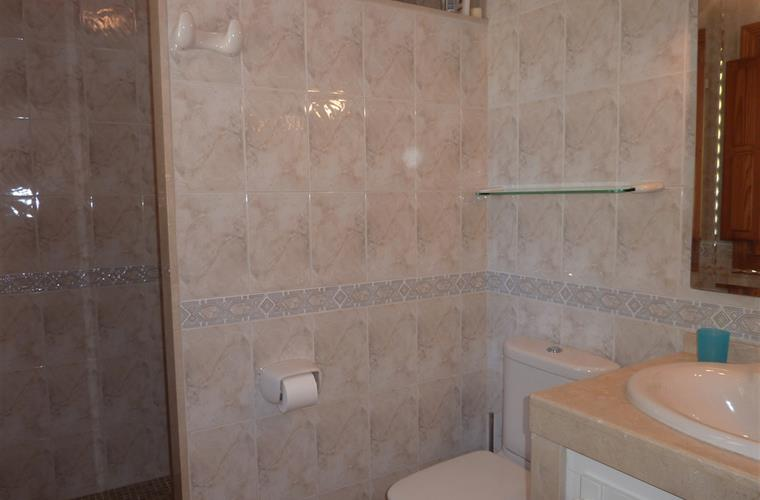 En-suite shower-room
