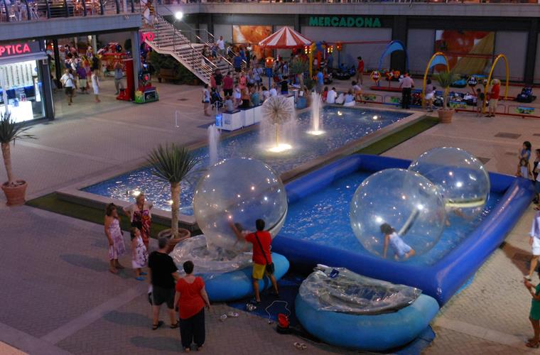 Kids activities at the Gran Alacant commercial centre