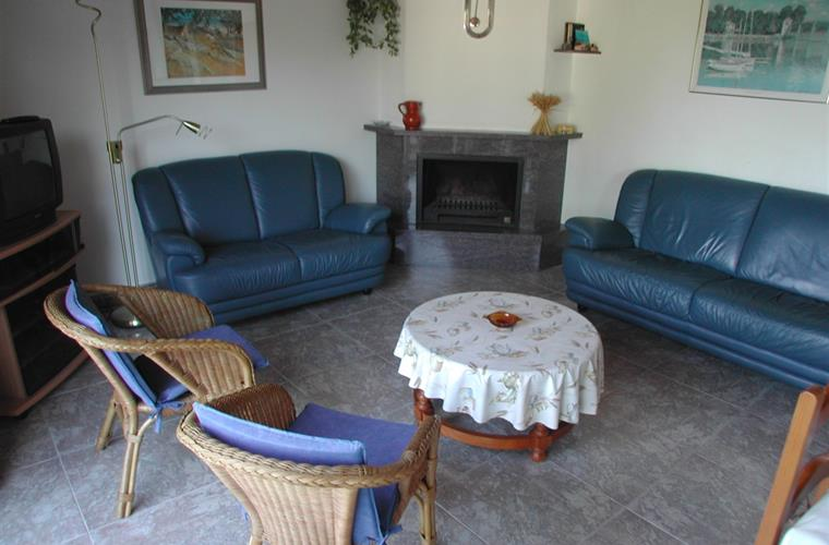 Sitting area around fire place