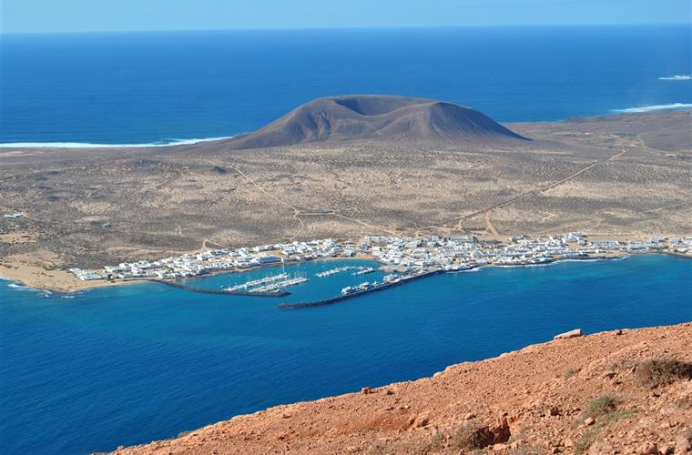 The island of La Graciosa viewed from Mirador del Rio (North)