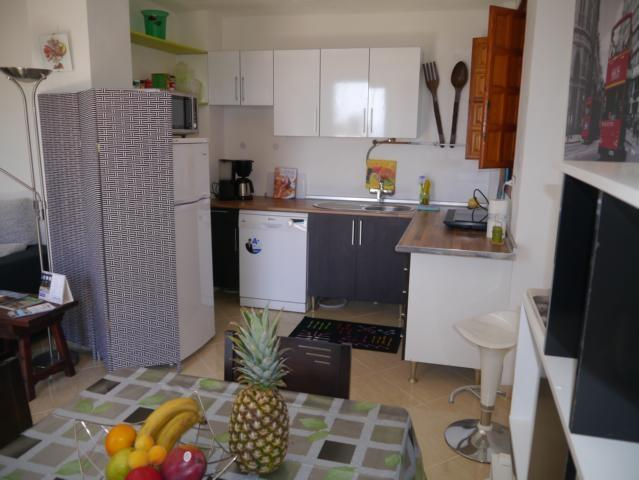Kitchen (full equipped)