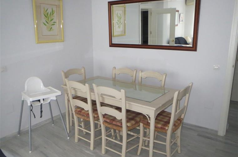 Dining area with high-chair