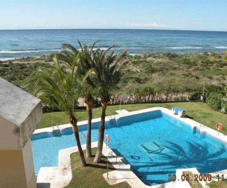 Apartment - pool 15m from the best beach on the Costa del Sol