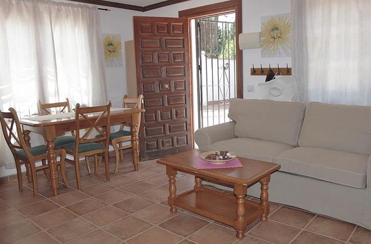 Apartment Pequenja
