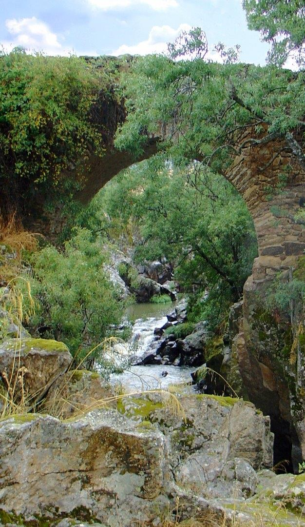 Congosto - roman bridge up the Lozoya river
