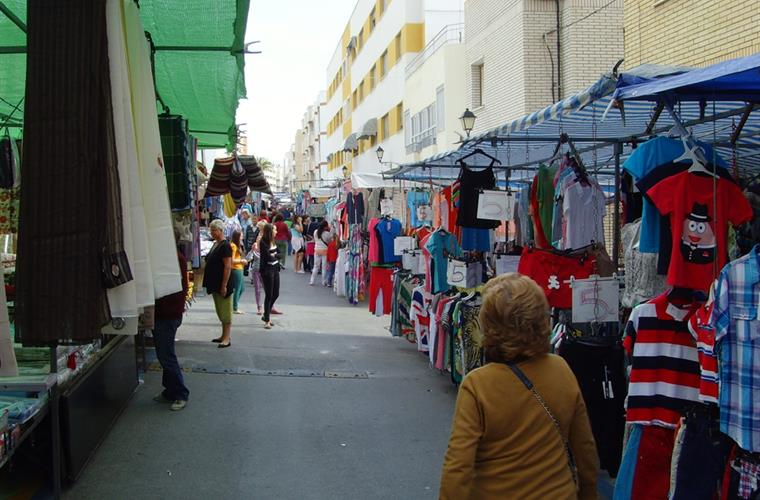 Market day in Garrucha, looking for T-shirts