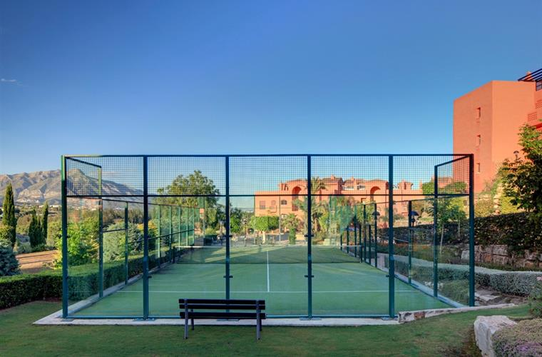 Paddle tennis Court. Tennis lessons can be booked