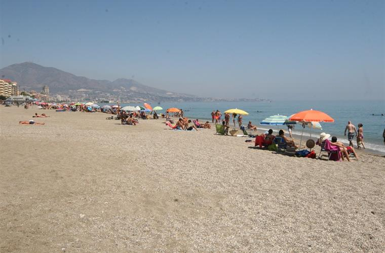 Fuengirola beach close to the house, just one minute walking