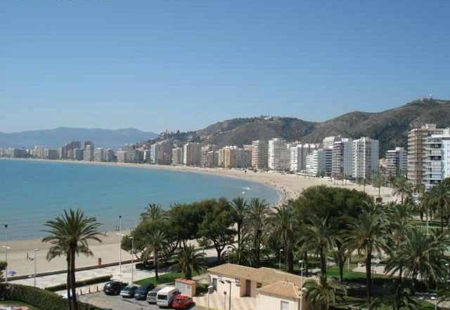 General view of Cullera and beach.