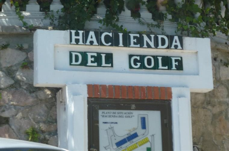 Entry Hacienda Del Golf