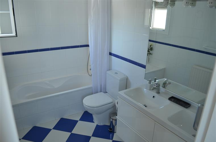 bathroom ensuite from the master bedroom
