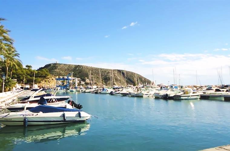 Easy access to the Marina of Denia, javea or Moraira!