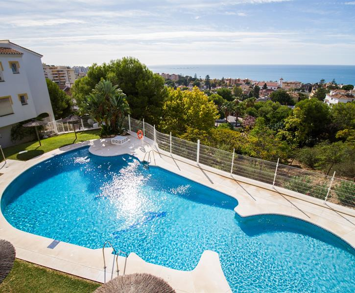 1st Pool Urbanization with sea views 100m from the apartment