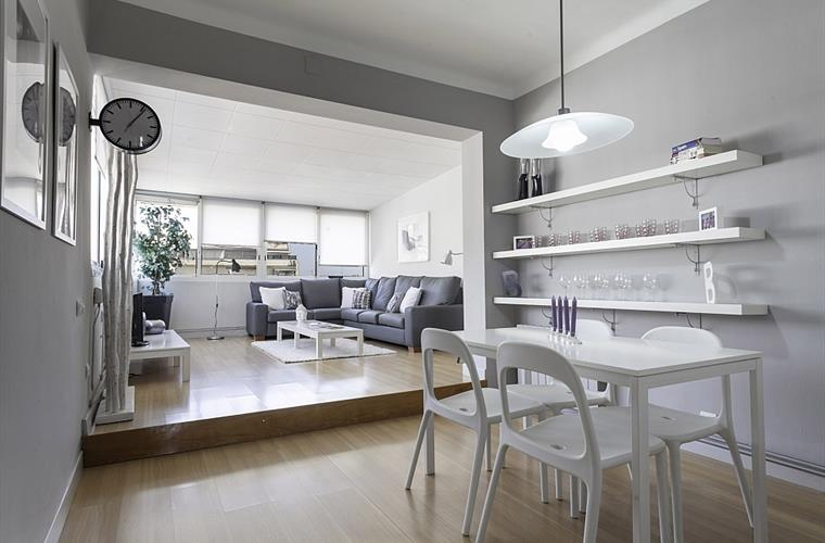 The apartment is characterized by a beautiful and creative design.