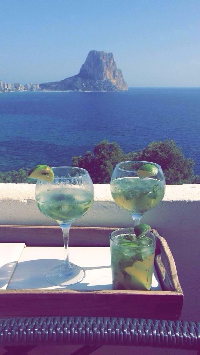 Mojito's on the terrace!