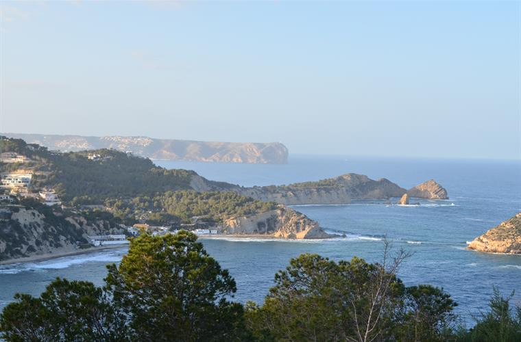 A few minutes walk from our house: view from Cabo Negre