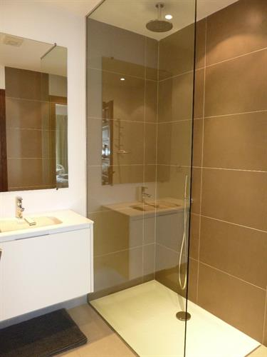 New luxury shower for master bedroom en-suite