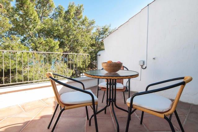 Holiday townhouse for rent in fuengirola torreblanca for Terrace upstairs