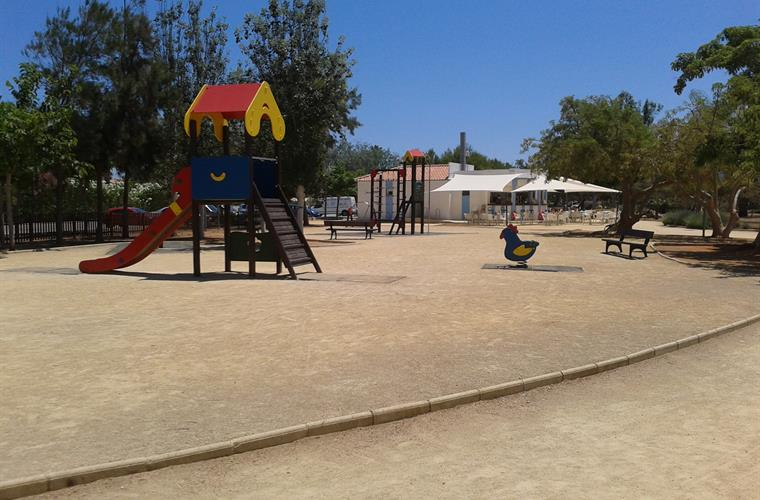 Bassetes Park café and play area