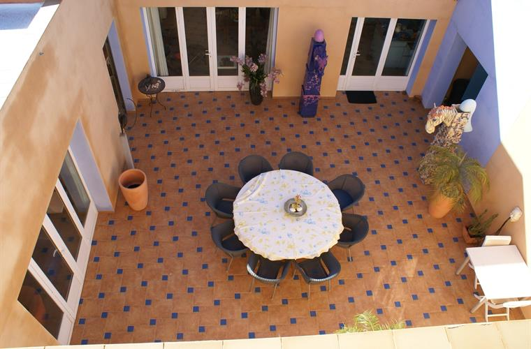 patio from above,with coolashade in the summer