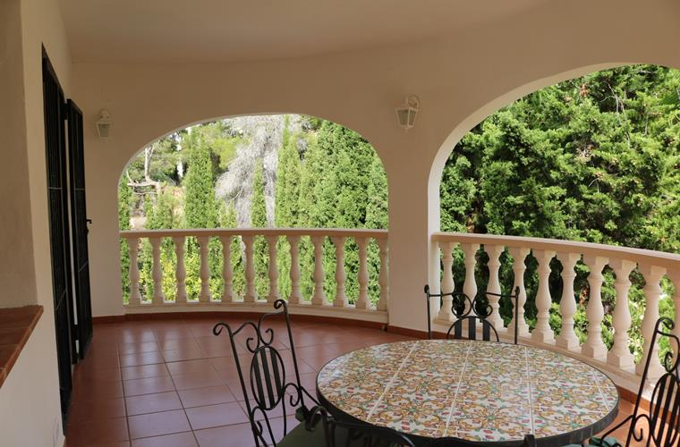 UPSTAIRS COVERED TERRACE