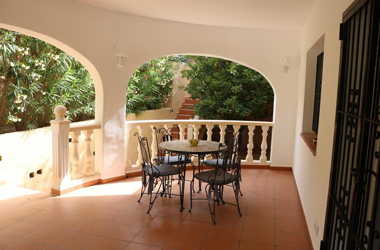 DOWNSTAIRS COVERED TERRACE