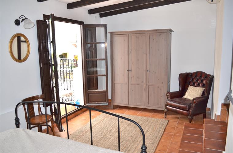 Holiday townhouse for rent in alicante city el barrio for Master down townhomes