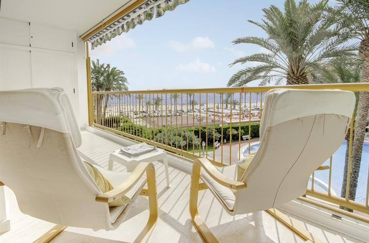 Quick Overview. 2 Bedrooms Holiday Apartment Rental In Alicante ...