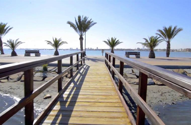 San Pedro del Pinatar - mud baths and beach on the Mar Menor