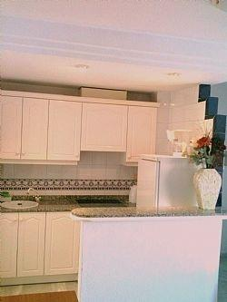 Kitchen with Whirlpool oven and hob