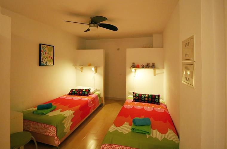 Third bedroom on pool level (when 7-13 persons)
