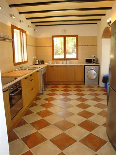 Large, fully fitted and well equipped kitchen