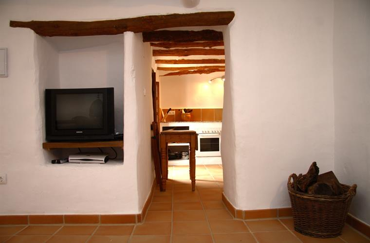Looking through from the sitting room to the kitchen Casita Liebre