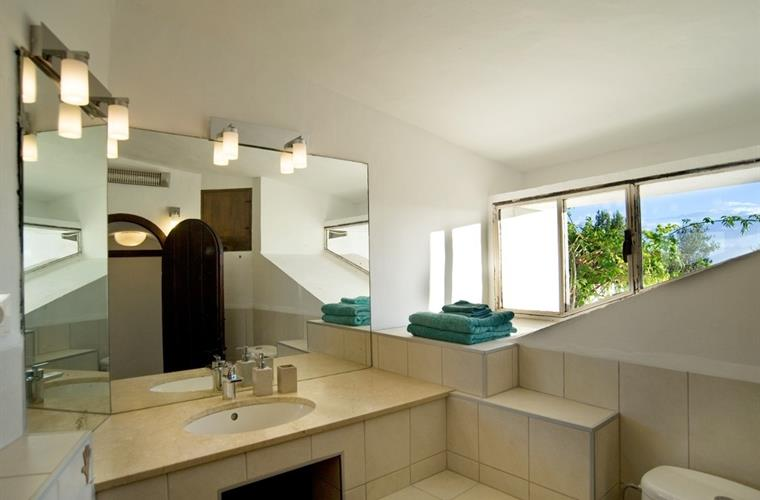 Bathroom with shower and views