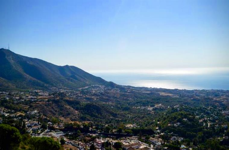 View from one of the free escorted walks from Mijas