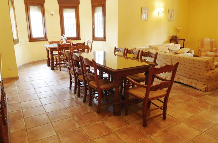 The dining area, perfect for special family occasions!
