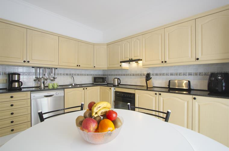 Lavish well equipped kitchen