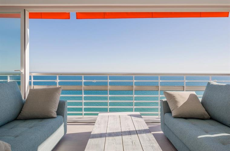 Unforgettable sea views and a feeling as you are on a boat