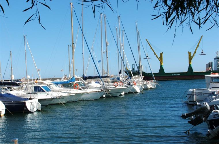Garucha harbour