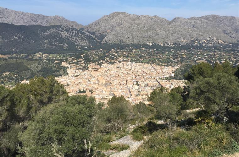 Pollensa in front of Tramuntana