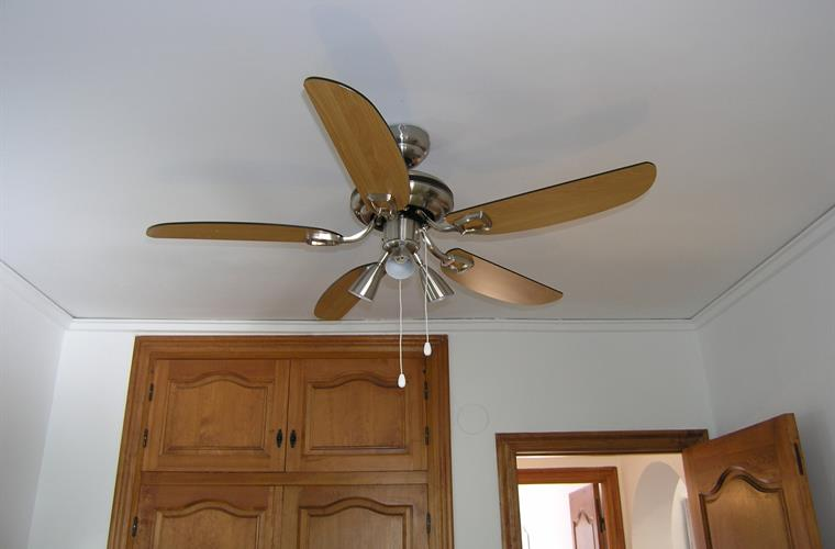 Ceeiling fan in bedroom 2