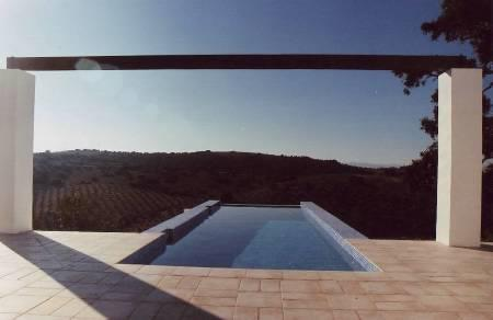 The infinity edge pool