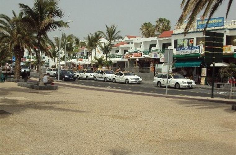 Promenade and Shops